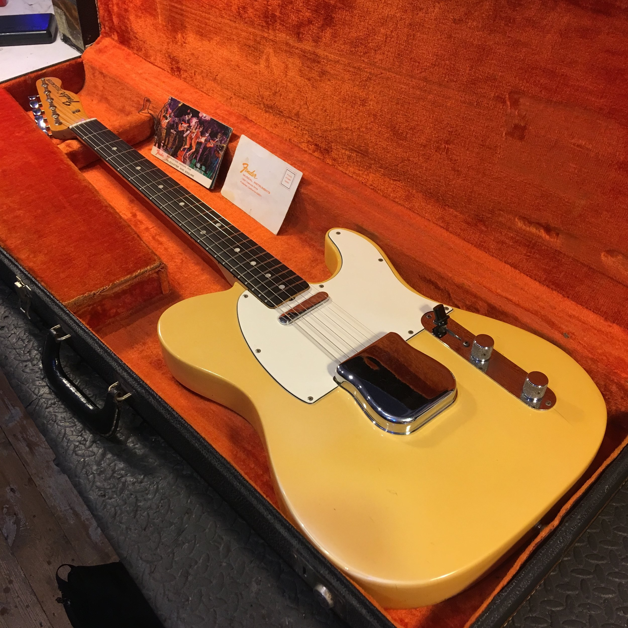 This had to be one of the cleanest 1971 Fender Telecasters I'd seen in a while, but boy did it need some new frets! Sorry no before pictures on this one but click the picture for a few after the job was done