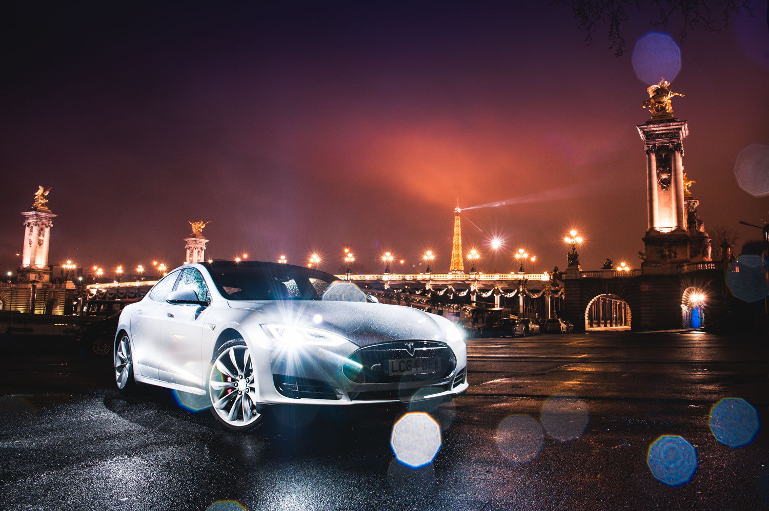 Jayson-Fong-Photography-Tesla-Paris-Form-and-function-intl.jpg