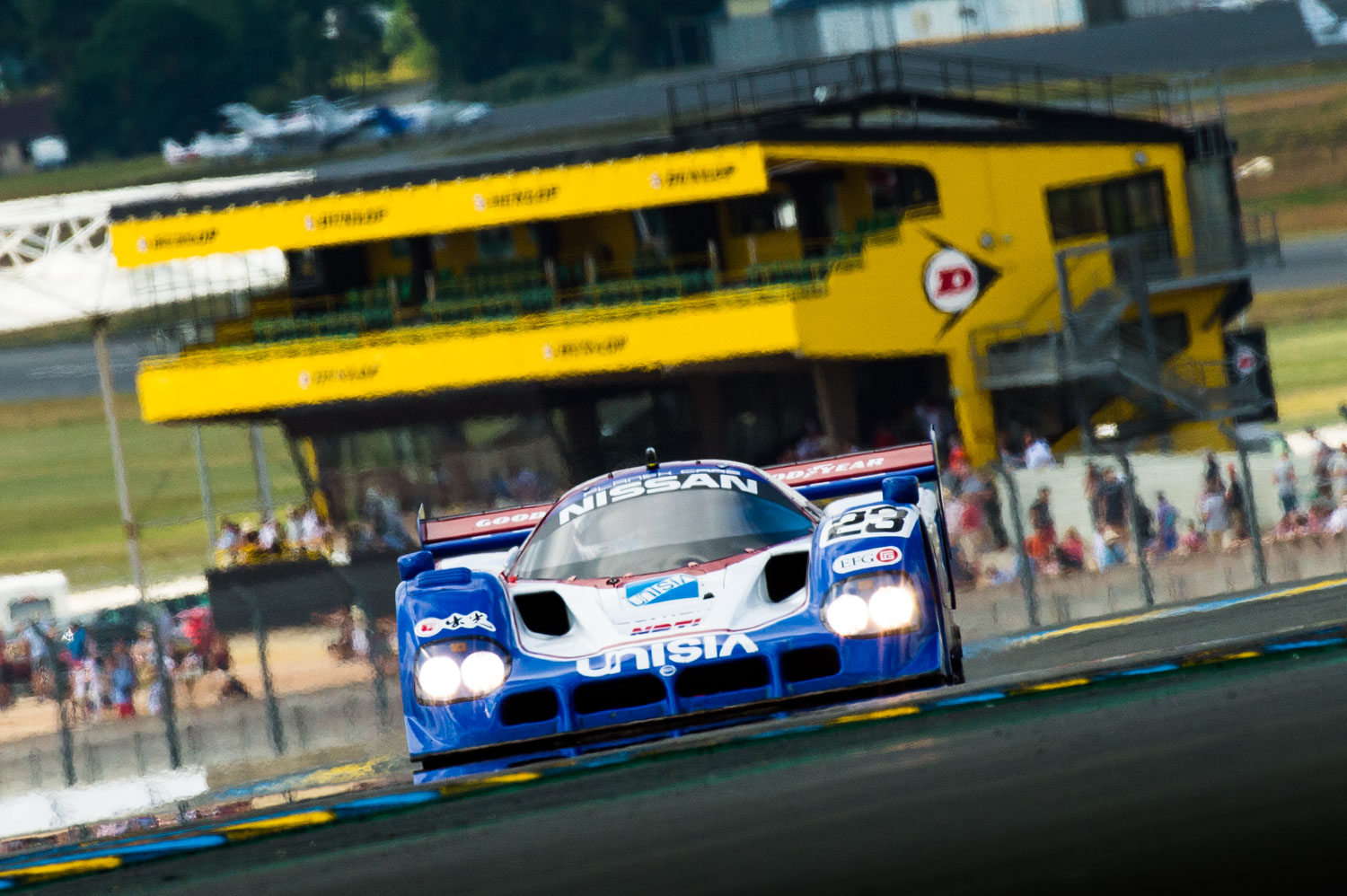 Jayson-Fong-Photography-Form-and-function-international-Nissan-Le Mans.jpg