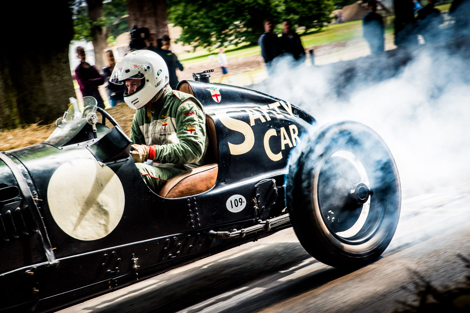 Jayson-Fong-Photography-Form-and-function-international-William-Medcalf-Bentley-Goodwood.jpg