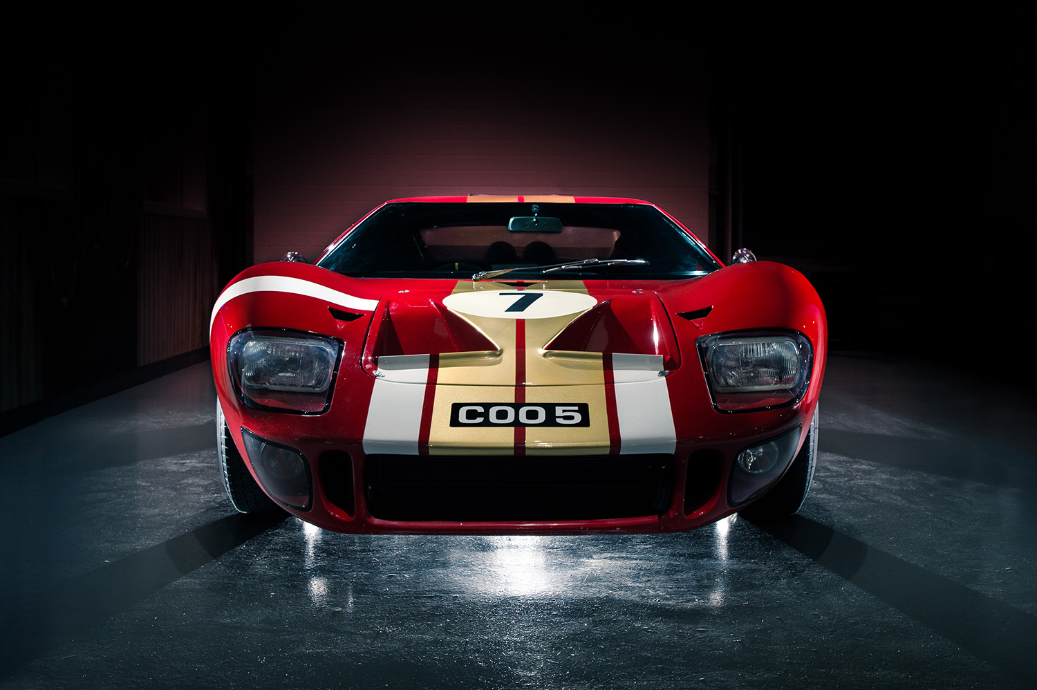 Jayson-Fong-Photography-Form-and-function-international-Ford GT40.jpg