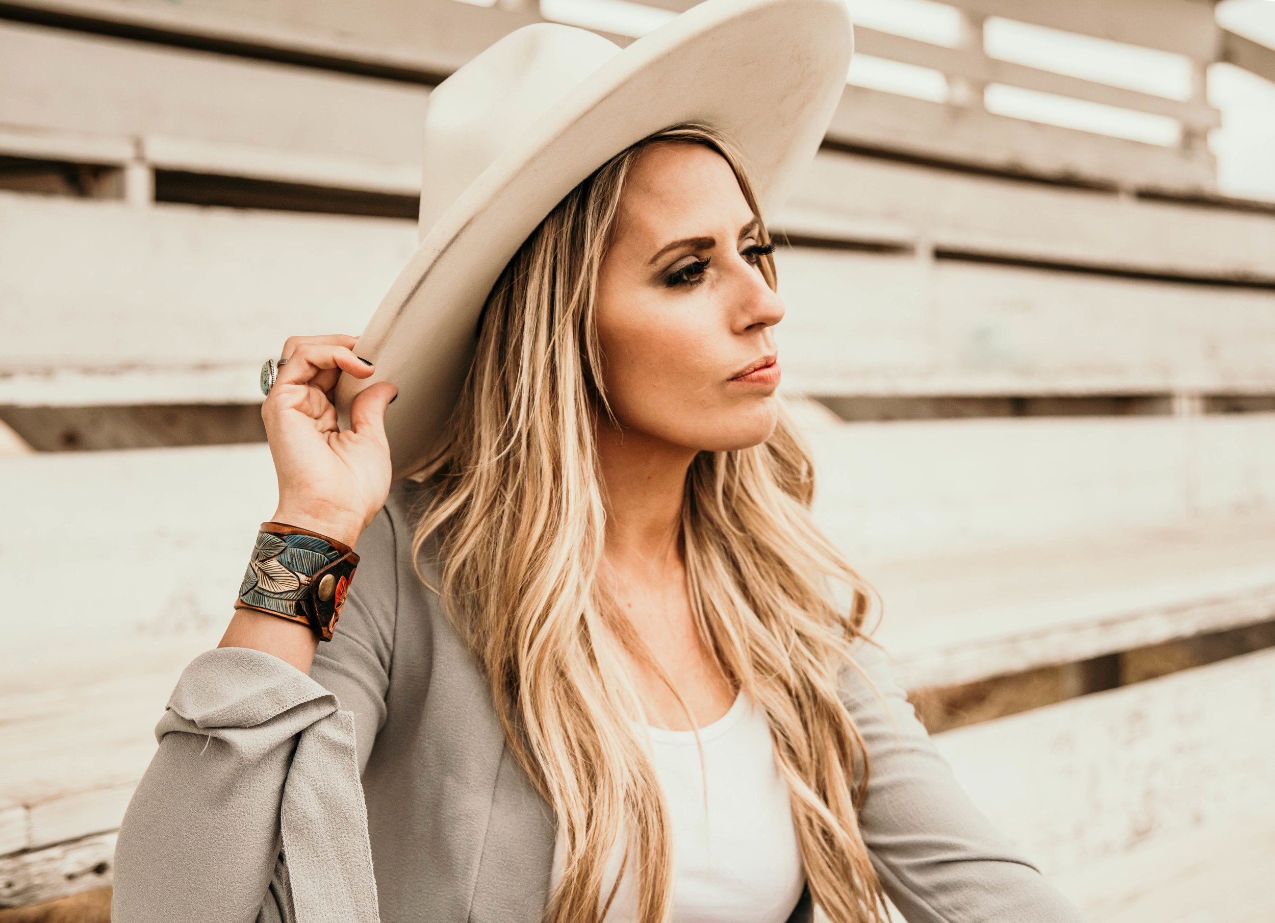 Miss. Miller's Photography | Western Couture | White Felt Hat | Blonde hair ideas | leather cuf jewlery | K bar leather | Whitney Benton