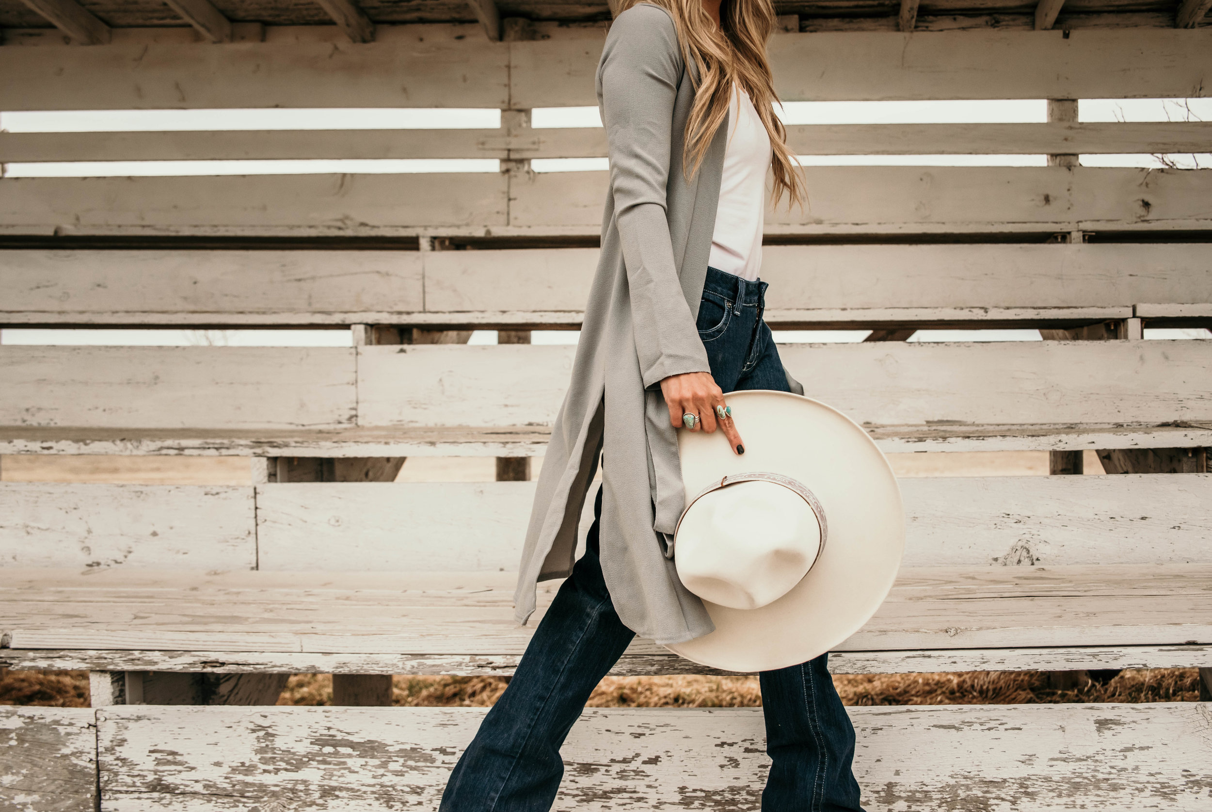 Miss. Miller's Photography | Kimes Ranch Jeans | Western Couture | Western Jeans | Western fashion | Spring Western fashion trends | White felt hat | Heritage Custom Hats