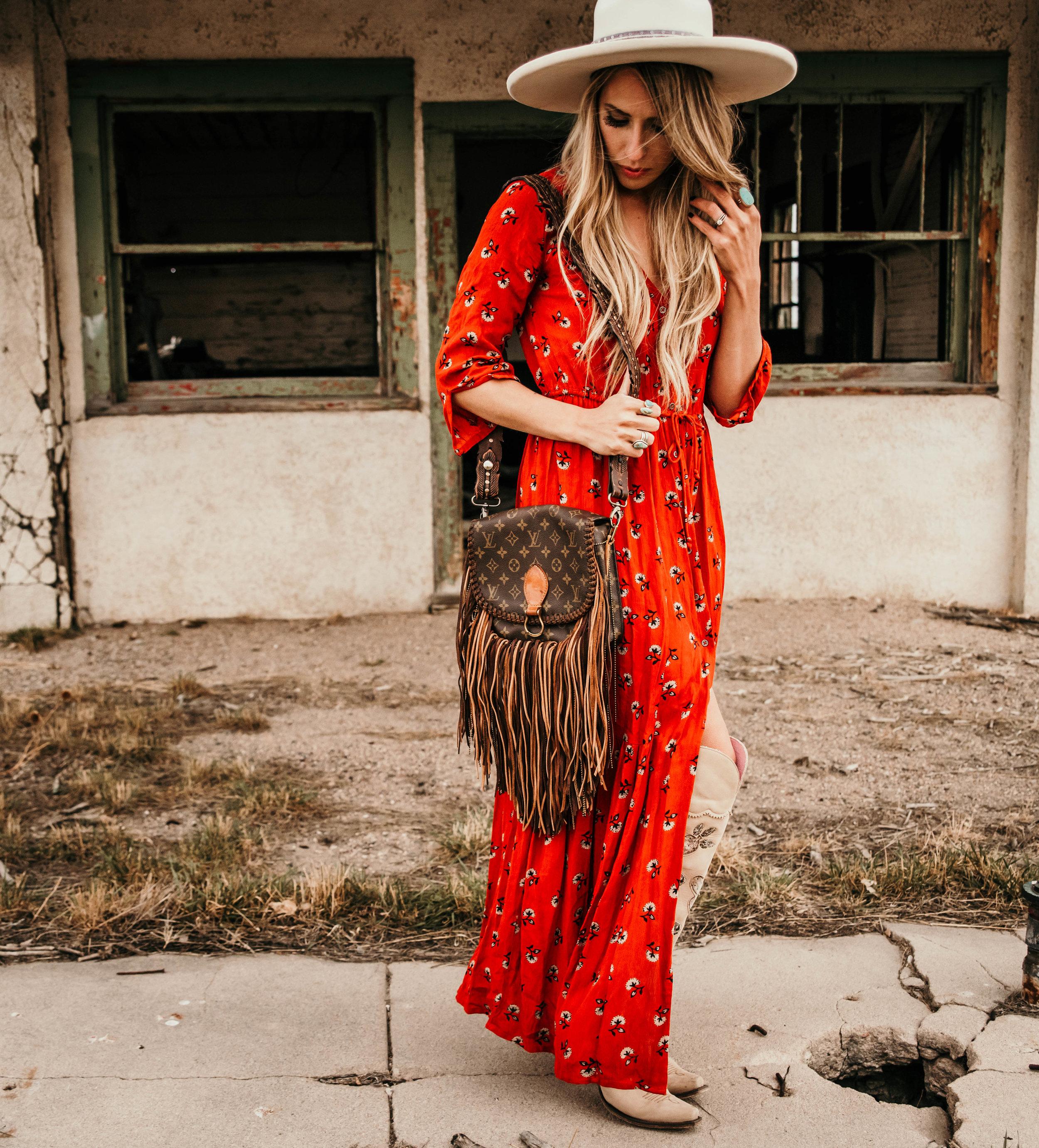 Miss. Miller's Photography | Vintage Boho Bags | Western purse | western boho fashion | red boho dress | Western spring fashion
