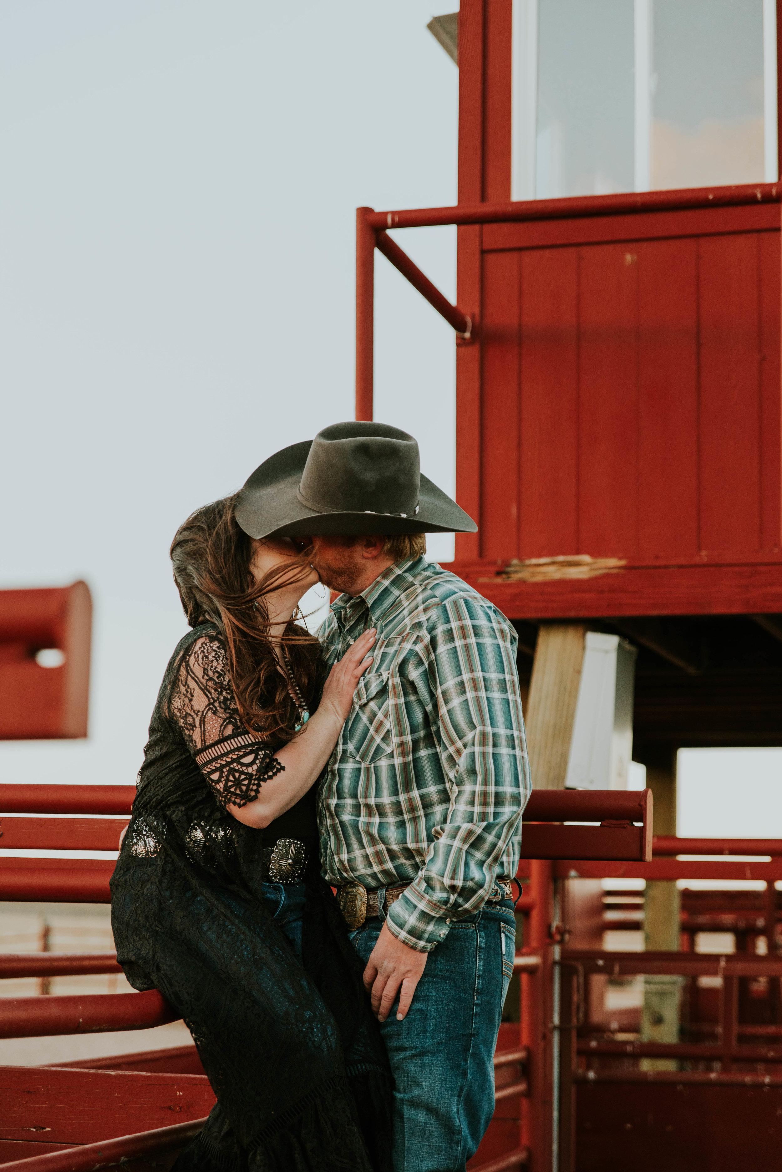 Wyoming Wedding Photographer | Laramie Wyoming | Cheyenne Wyoming | Colorado Wedding Photographer | Miss. Miller's Photography | Buckskin Bride | Western Wedding | Ranch Wedding Photos