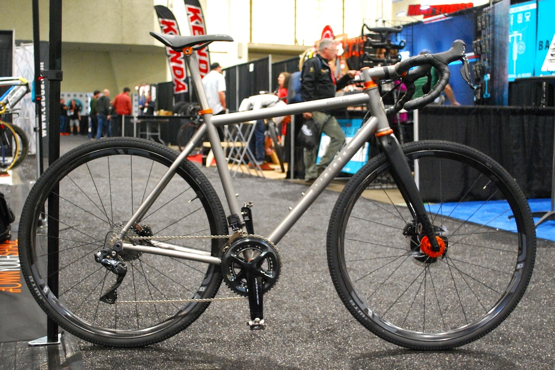 Bikes_CABDA_17JAN_moots+routt+rsl+copy.jpg