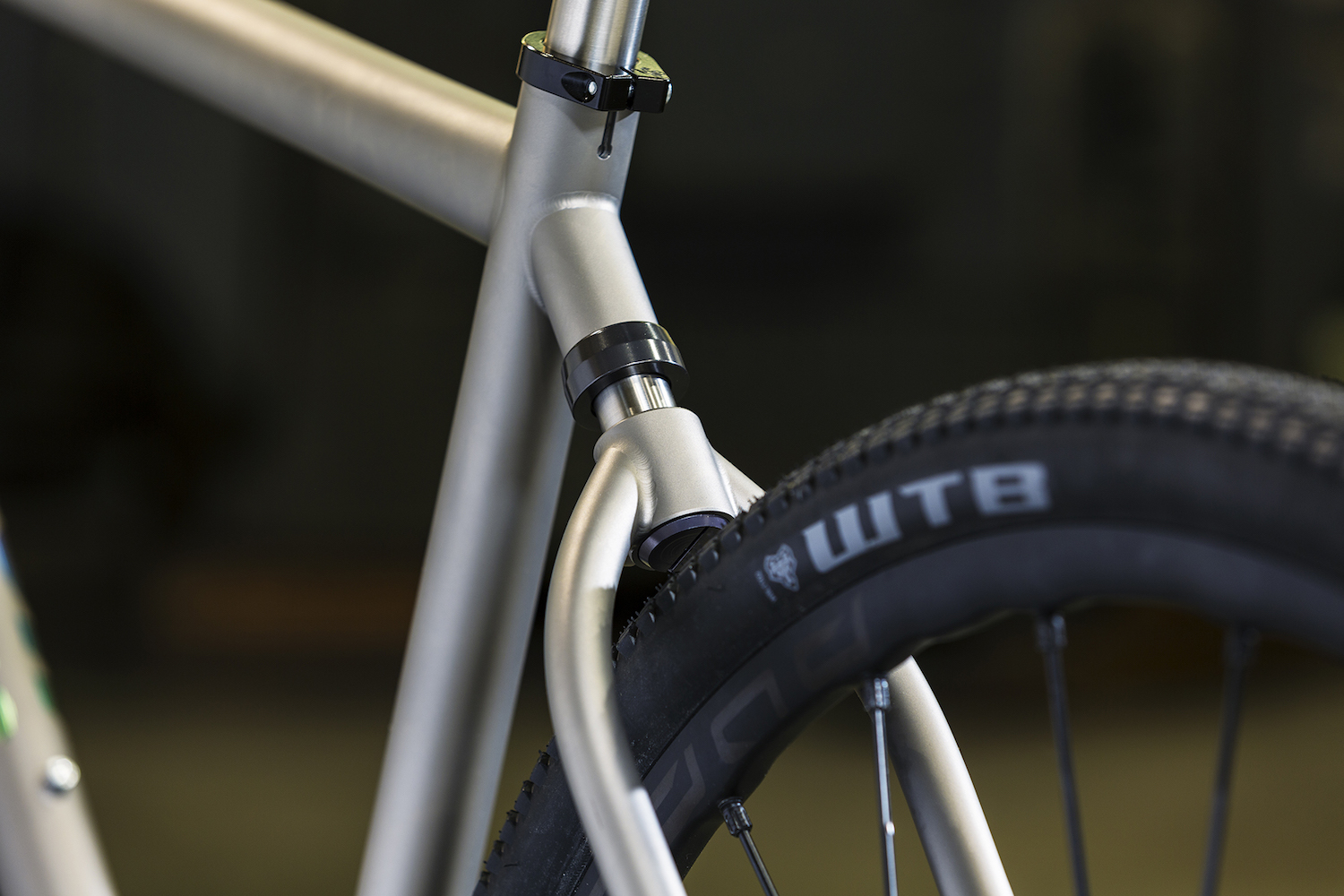 The 'softtail' features just over 20mm of rear axle travel that takes the edge off backcountry road and trail chatter