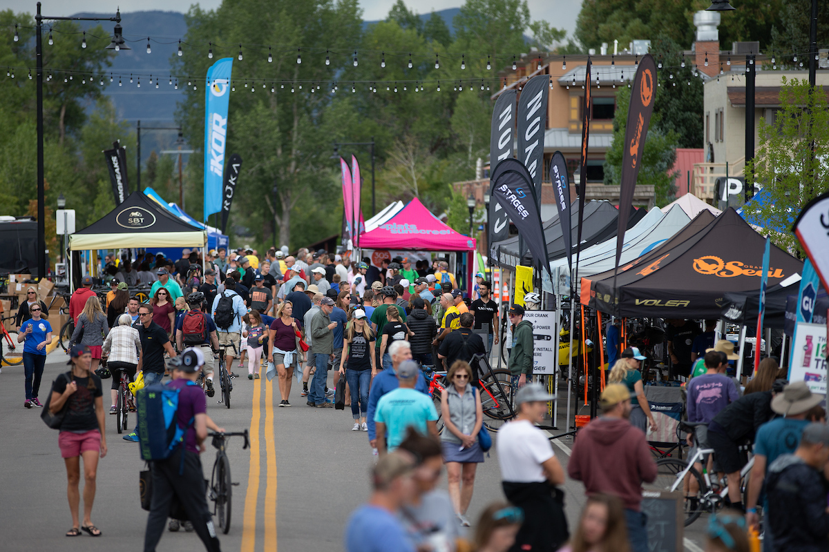 The weekend kicked off with an all-day Expo in the heart of Steamboat. Riders picked up their packets, visited the booths spread across Yampa street and explored the weekly farmer's market just one block away. PC: Wil Matthews