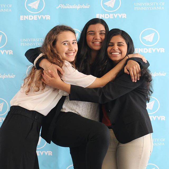 #throwback to the Endevvr class of 2018!! We can't believe it's been a little over 3 months since this year's pitch day... best of luck to all of our alumni seniors who are working hard on their college applications this semester!! @tanya__iyer @laraalyafei @abi_srikant you may want to check out the updated front page of Endevvr.com for some familiar faces :)