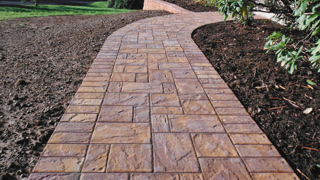 Pavingstones - Interlocking paving stones for driveways, patios, walkways and pool decks. Add that extra appeal to your home and be the envy of your neighborhood!
