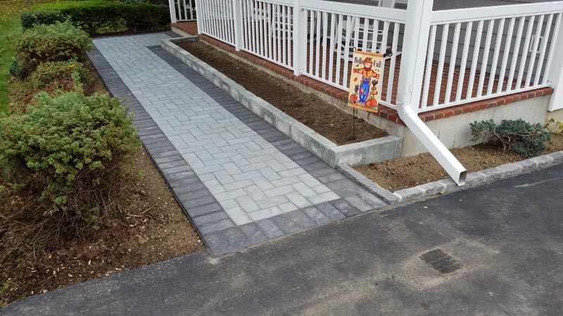 Concrete Paver Walkway 2017 (1).jpg