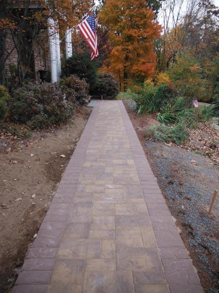 Concrete Paver Walkway 2016 (3).jpg