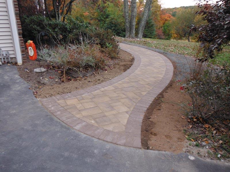 Concrete Paver Walkway 2016 (1).jpg