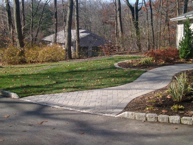 Concrete Paver Walkway 2014 (1).jpg