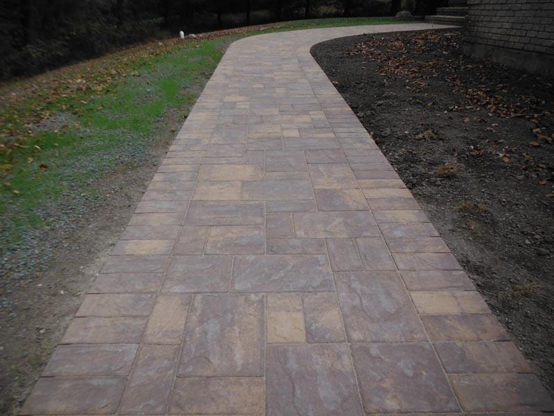 Concrete Paver Walkway 2013 (7).jpg