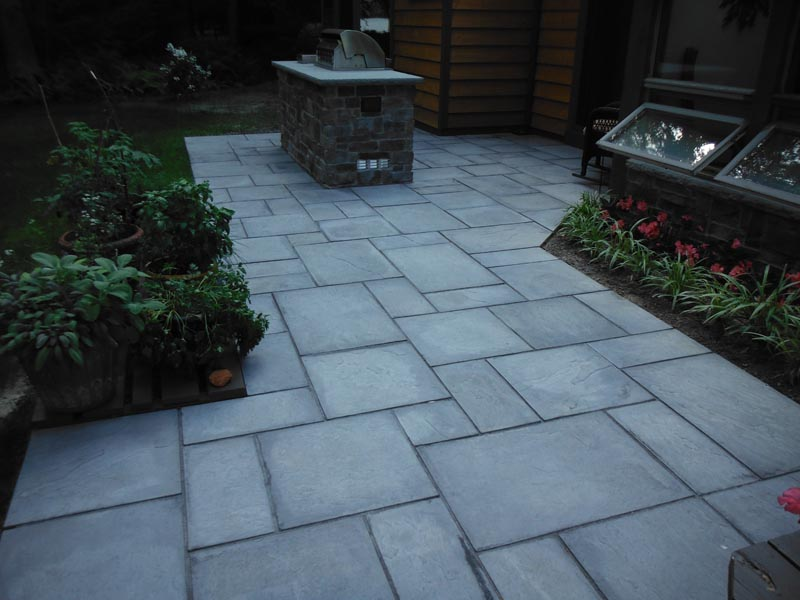 Concrete Paver Patio 2014 (27).jpg