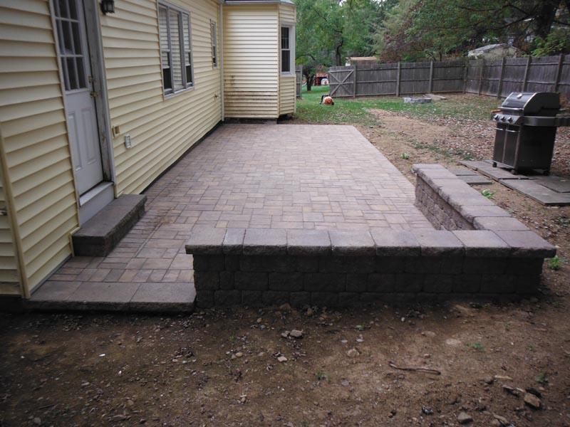 Concrete Paver Patio 2014 (10).jpg