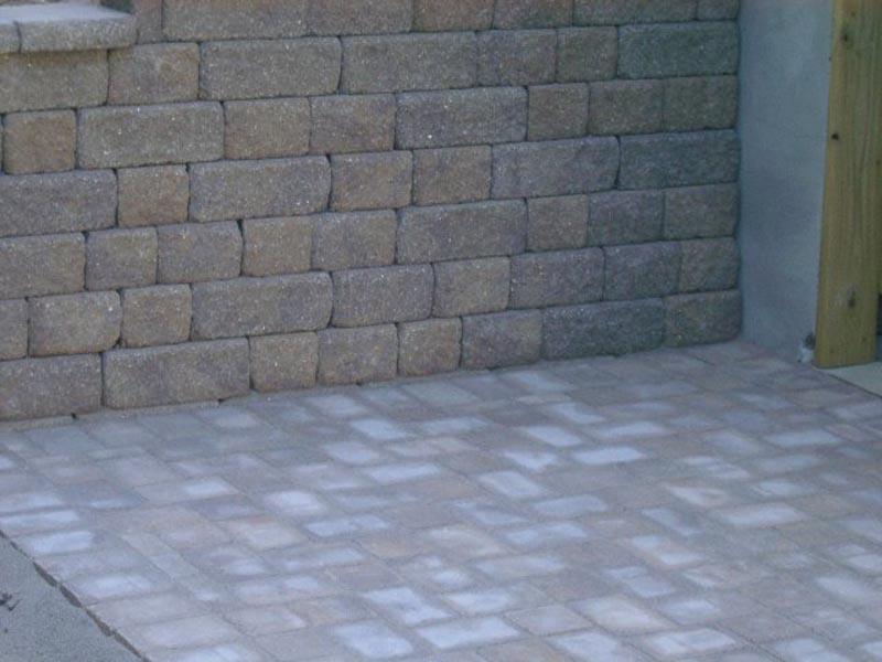 Segmental Retaining Walls 2013 (5).jpg