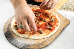 Pizza-porta sausage and sundried pizza 160820 Tomato Fest-12