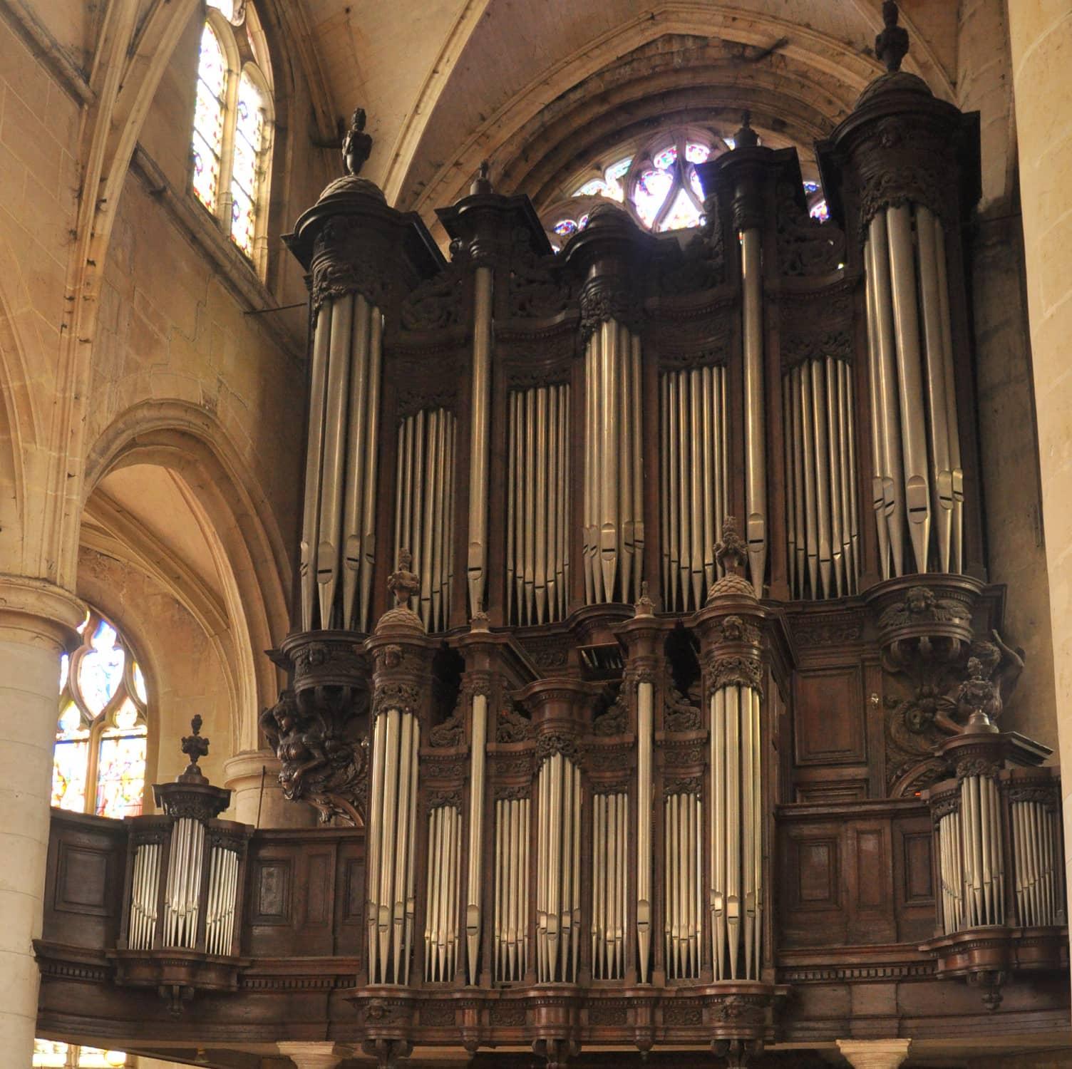 Buffets de l'orgue de l'église Saint-Patrice à Rouen. Vue d'ensemble.
