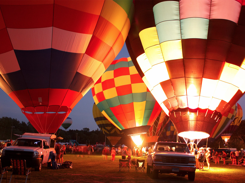 hot_air_balloon_glow.jpg