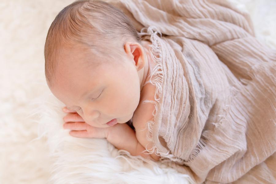 Newborn-29_blog_lg.jpg