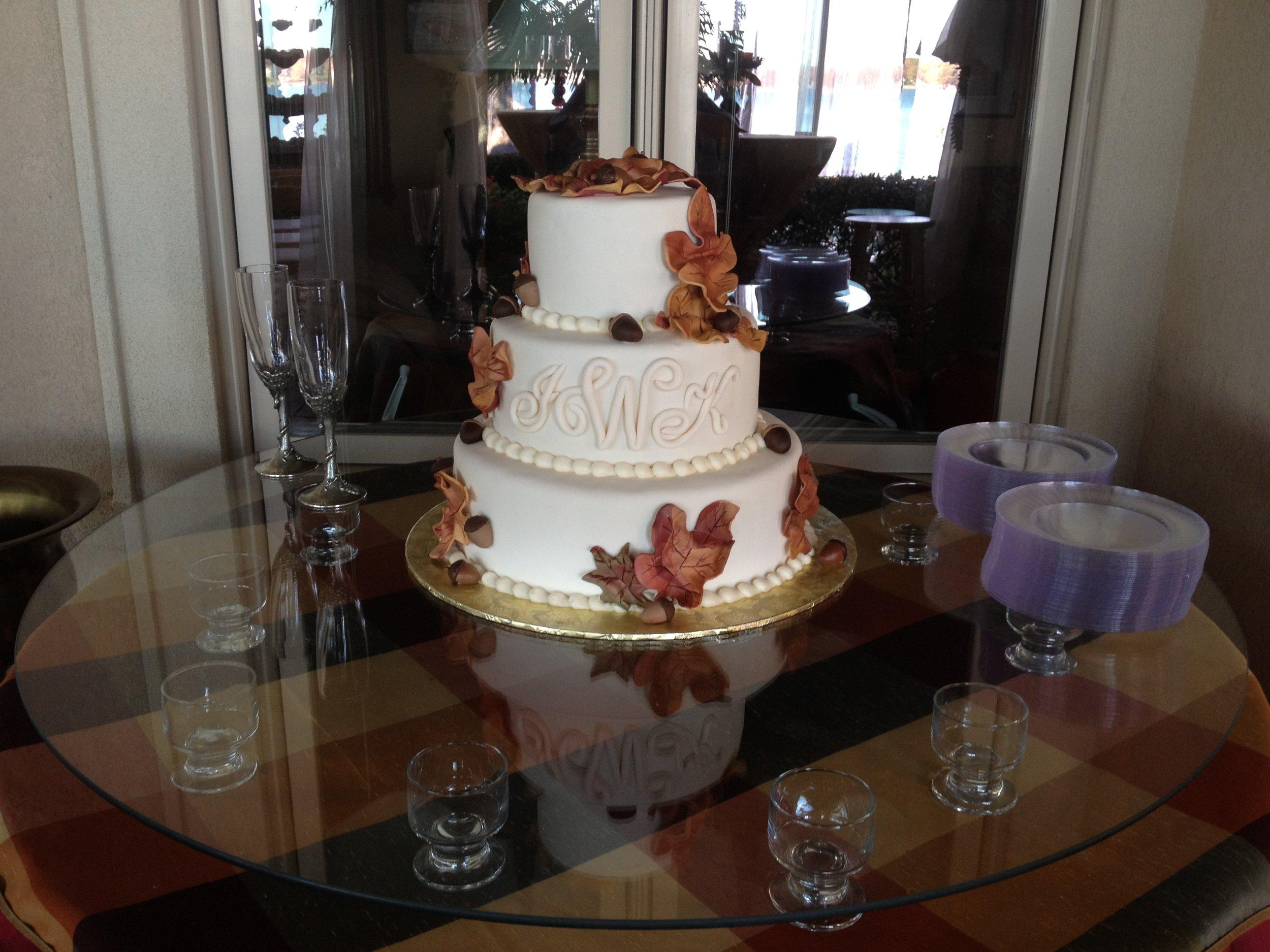 Cake wedding fall leaves.JPG