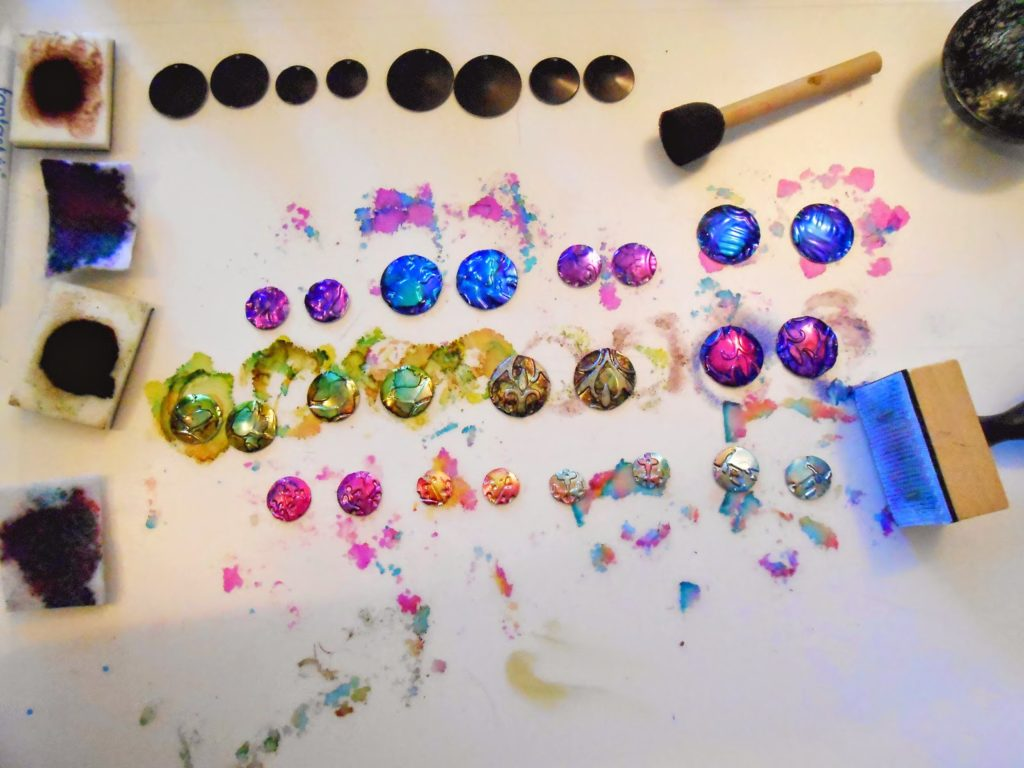 Free Tutorial: Using Aluminum Cans to Make Jewelry