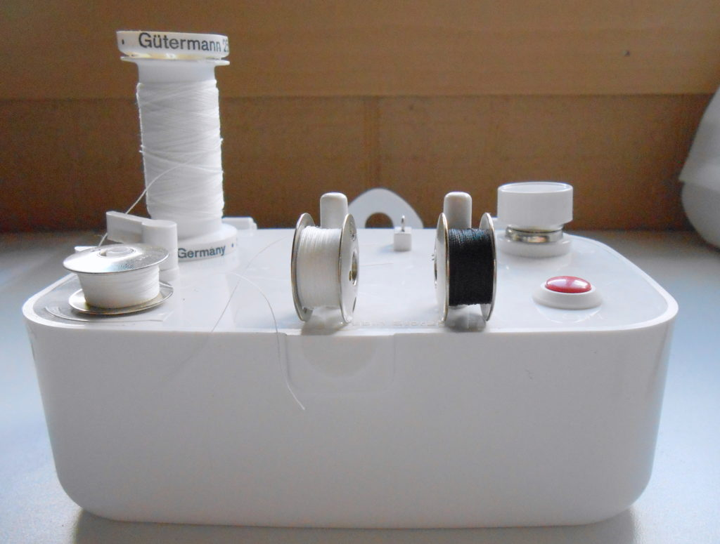 Sewing Tips: How to Use the Sidewinder--No More Unevenly Wound Bobbins!