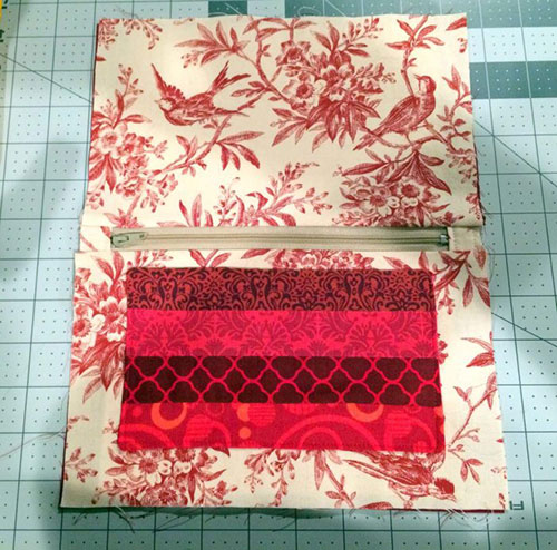 Make an Easy Quilted Pencil Case
