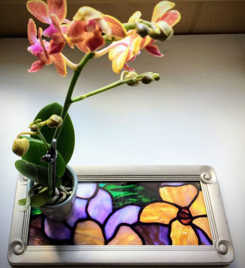 DIY Stained Glass Tray from a Thrifted Picture Frame