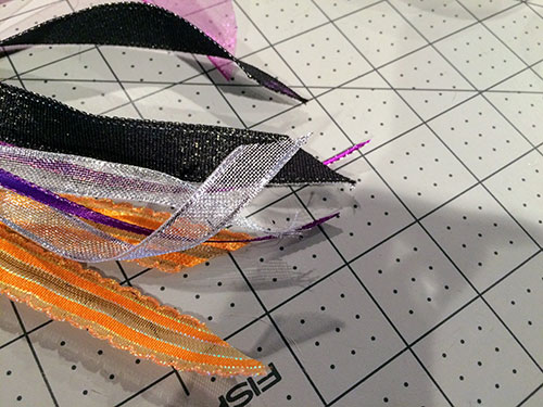 Make a Cute Halloween Dog Collar with Ribbons