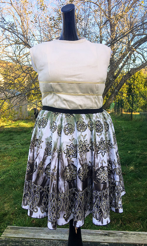 How to Make an Plus Size Circle Skirt