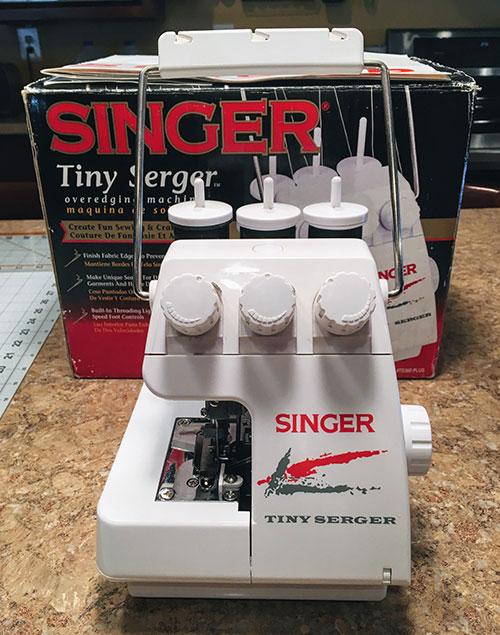 The Singer Tiny Serger: A Little Gem