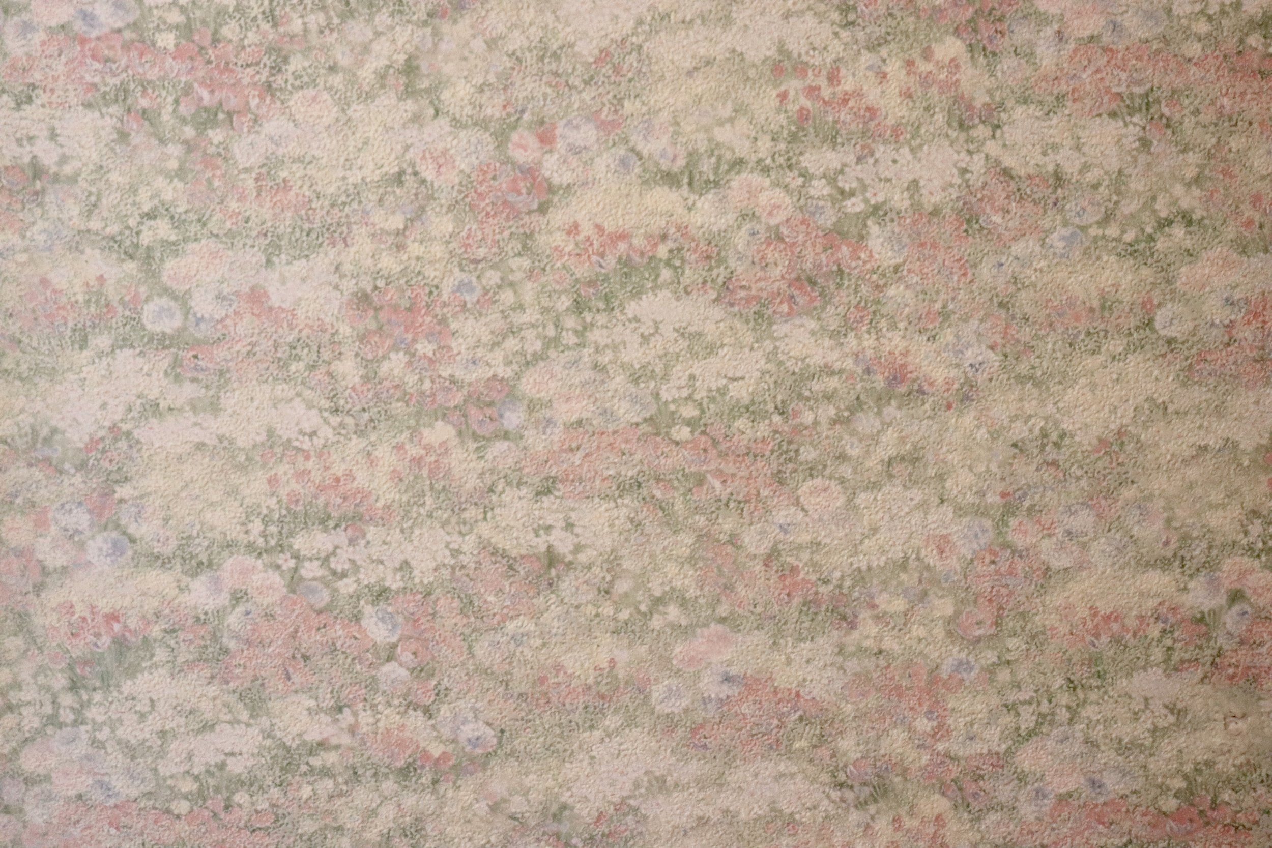 The hallway - a textured pinky floral