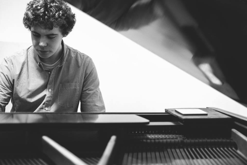 Wirral Music Factory Piano/Music Theory Tutor Andy