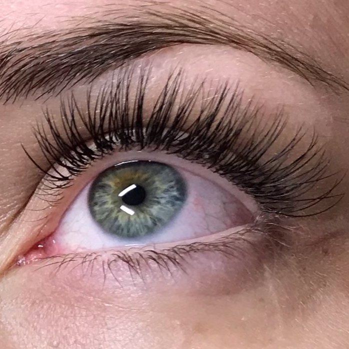 - Classic Lash Extensions are single extensions applied to each natural lash. This is the least dramatic of all of the lash extension styles. This technique offers an enhanced lash line with a natural appearance.