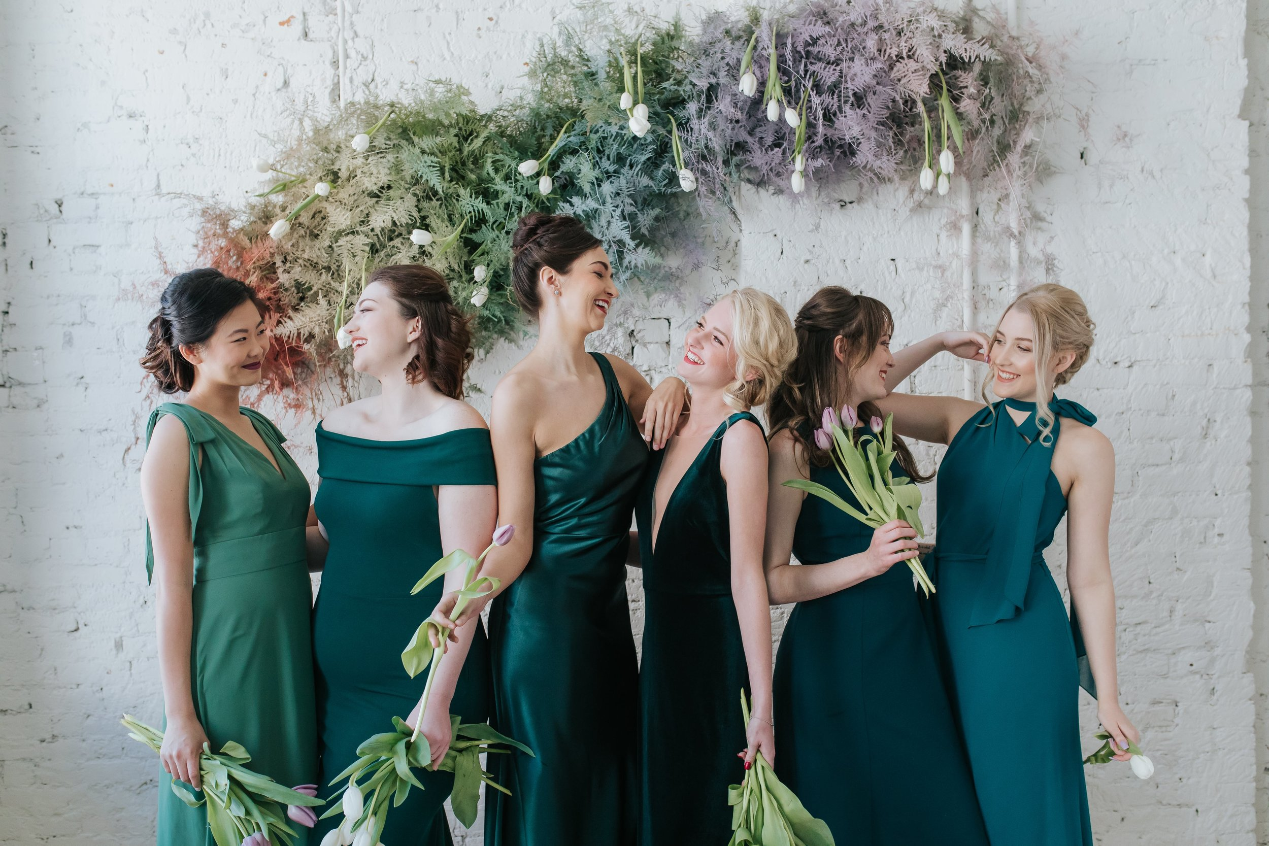 Green mix and match bridesmaids in Columbus Ohio photo shoot