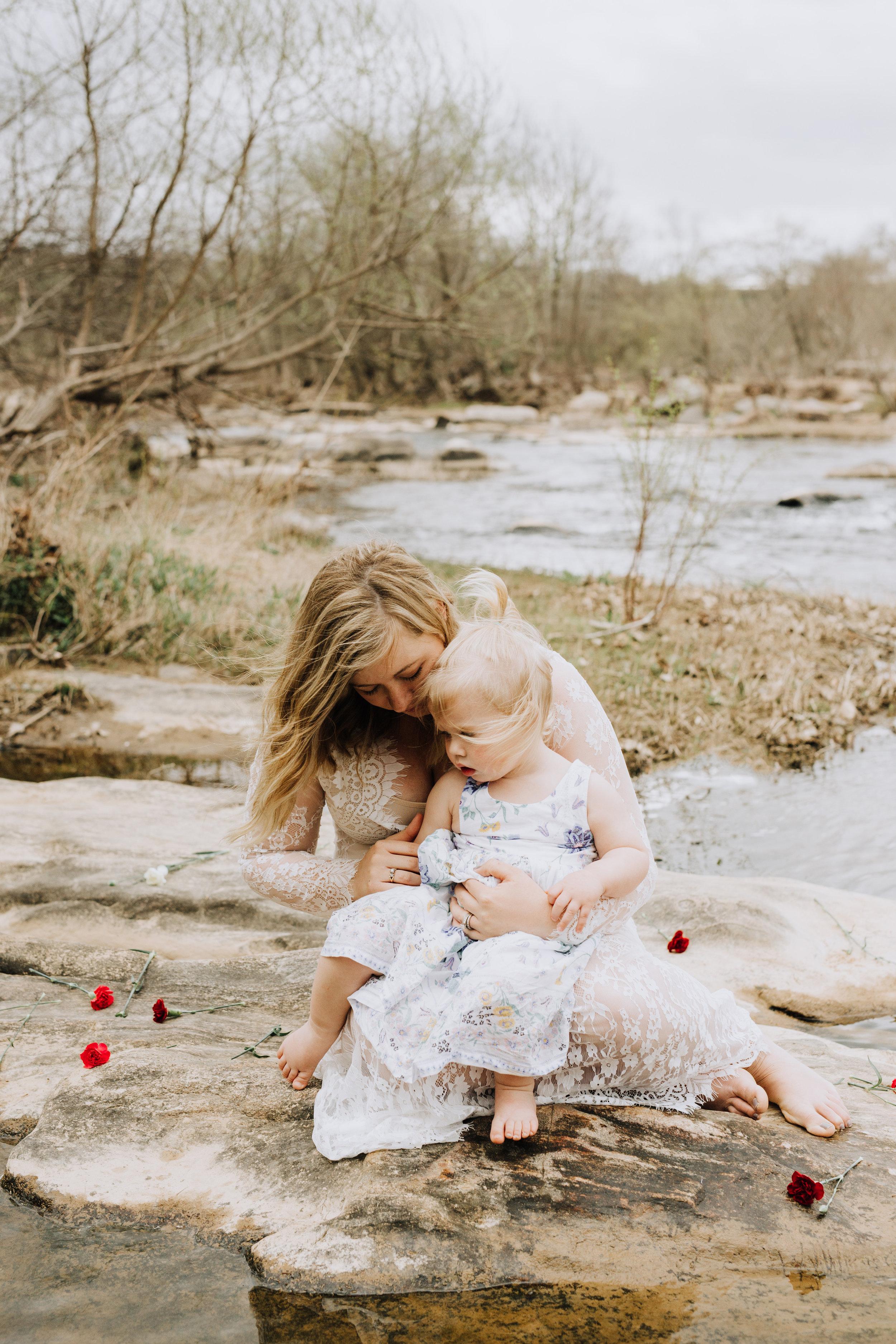 Fredericksburg_Virginia_Maternity_Photographer_Riverside (26).jpg