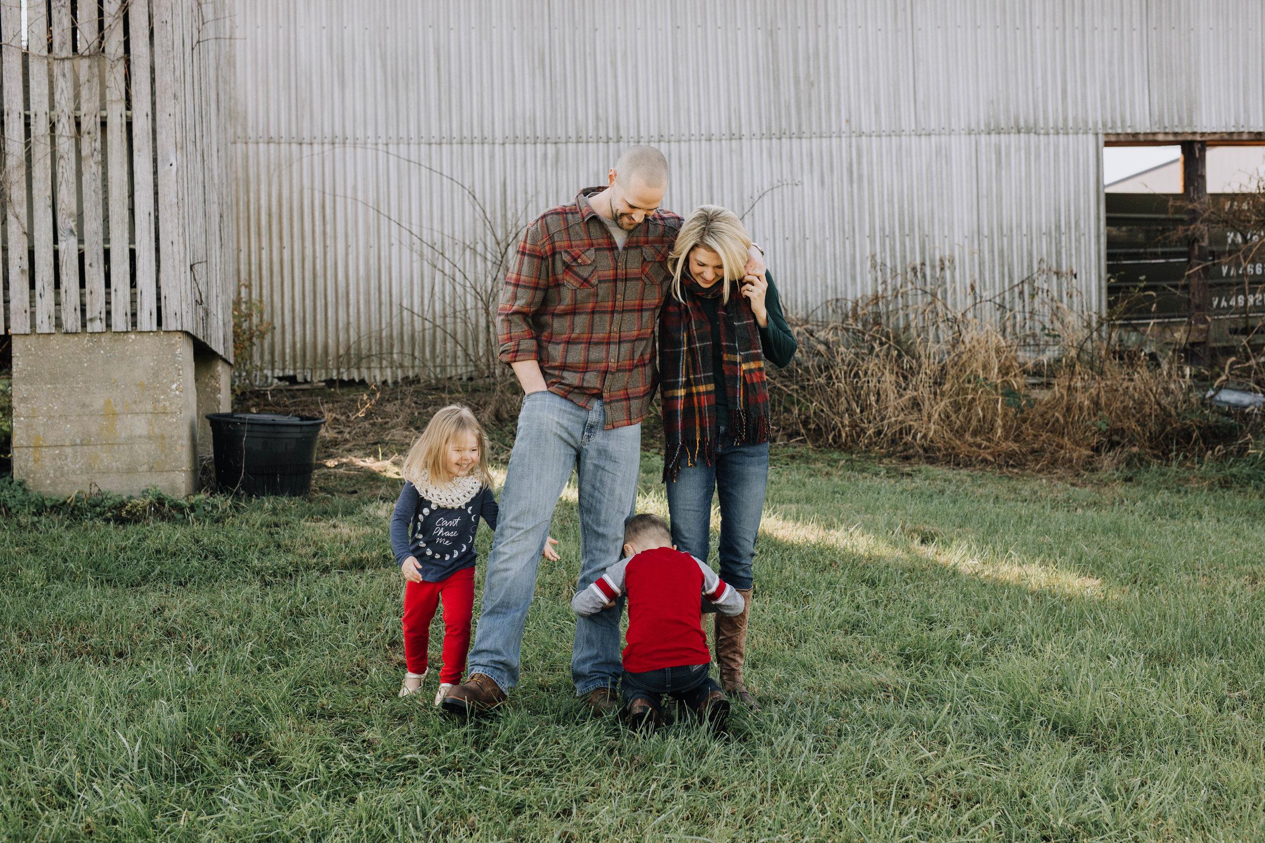 Lick_Run_Fredericksburg_Virginia_Jacqueline_Waters_Photography_Basham_Family_Portraits (149).jpg