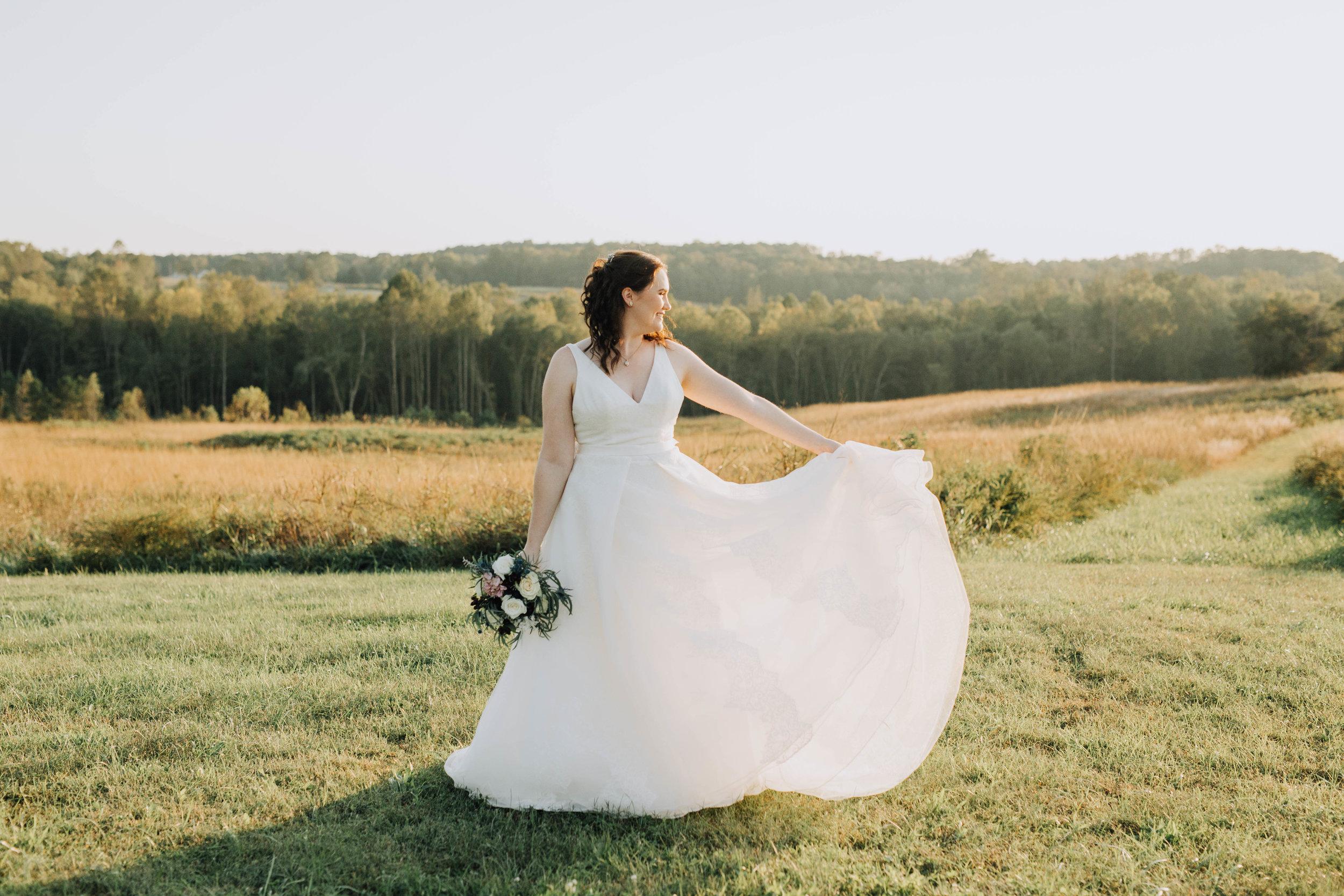 Farmville_Virginia_Wedding_photographer_Mallory_Bridals (91).jpg