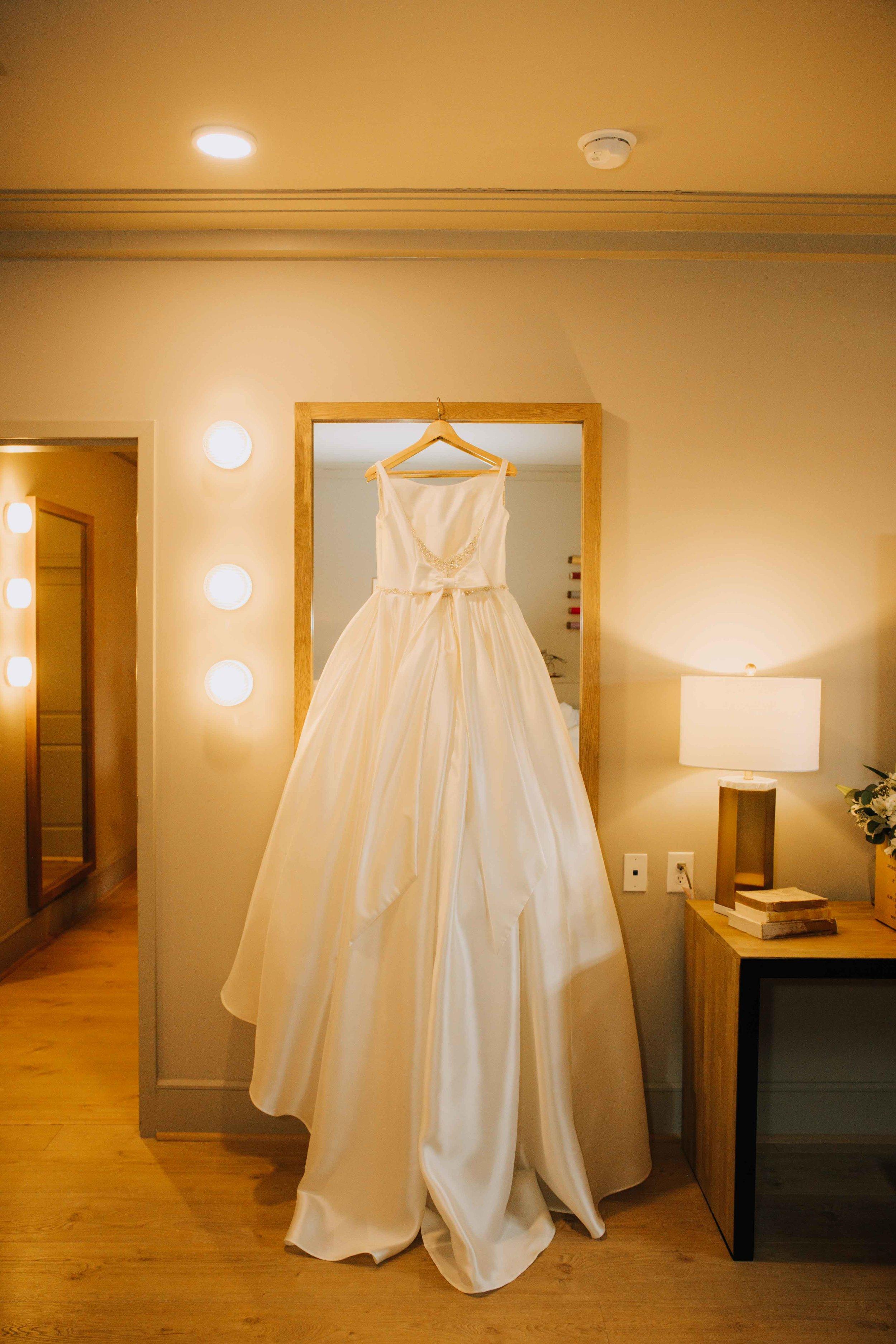 Farmville-Virginia-Wedding-Hotel-Weynoke-Downtown-Jacqueline-Waters-Photography-Detailed- (60).jpg