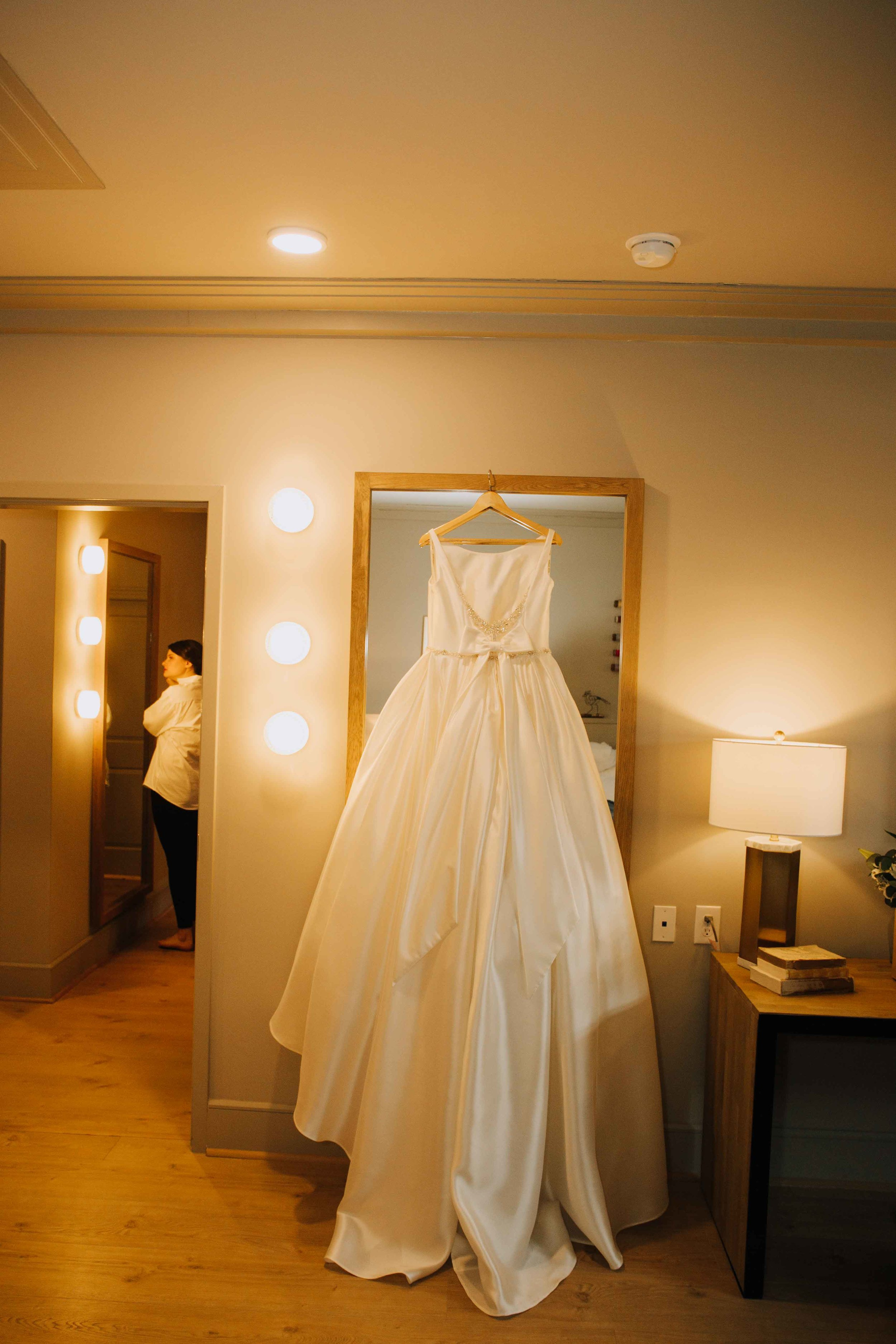 Farmville-Virginia-Wedding-Hotel-Weynoke-Downtown-Jacqueline-Waters-Photography-Detailed- (68).jpg