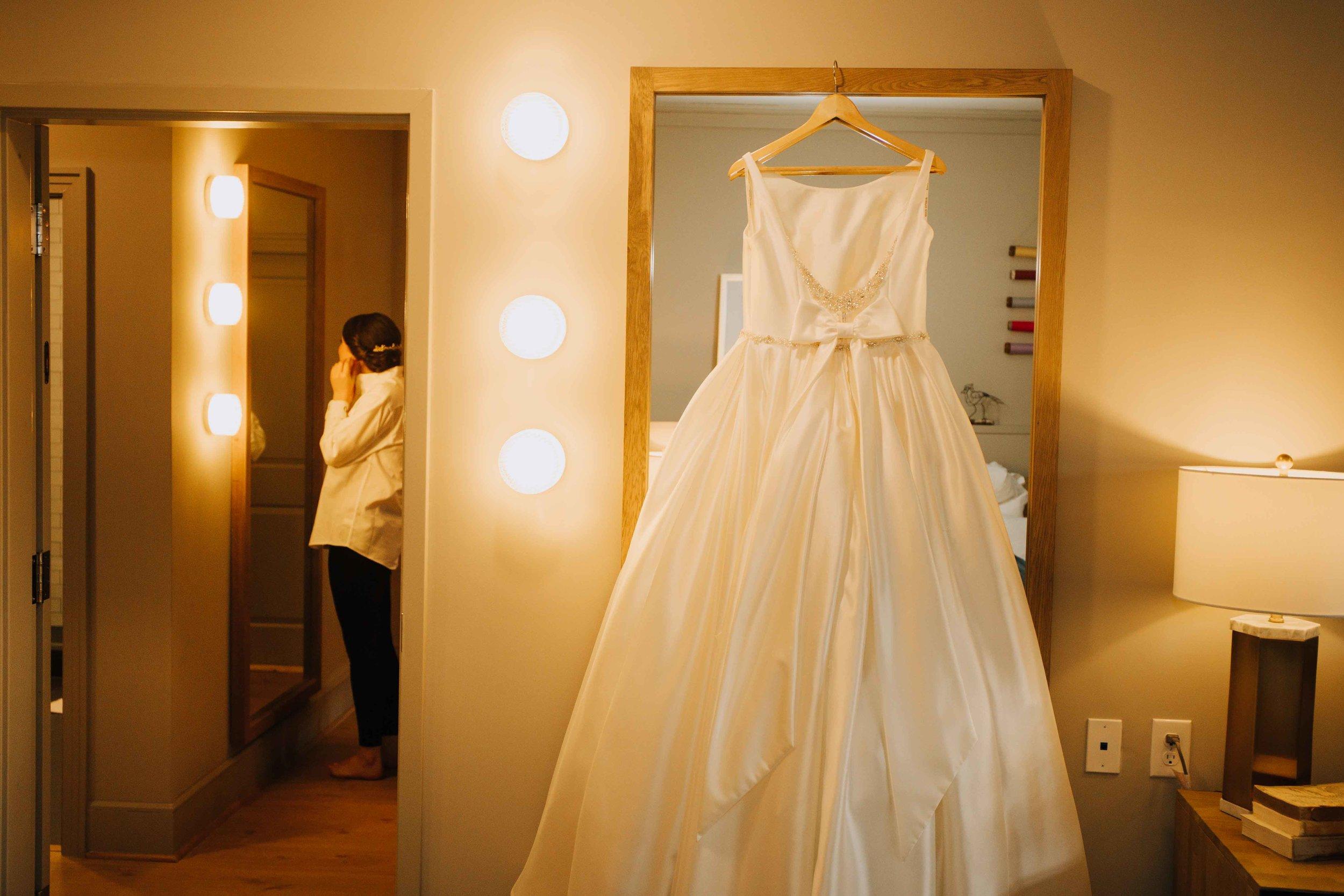 Farmville-Virginia-Wedding-Hotel-Weynoke-Downtown-Jacqueline-Waters-Photography-Detailed- (70).jpg