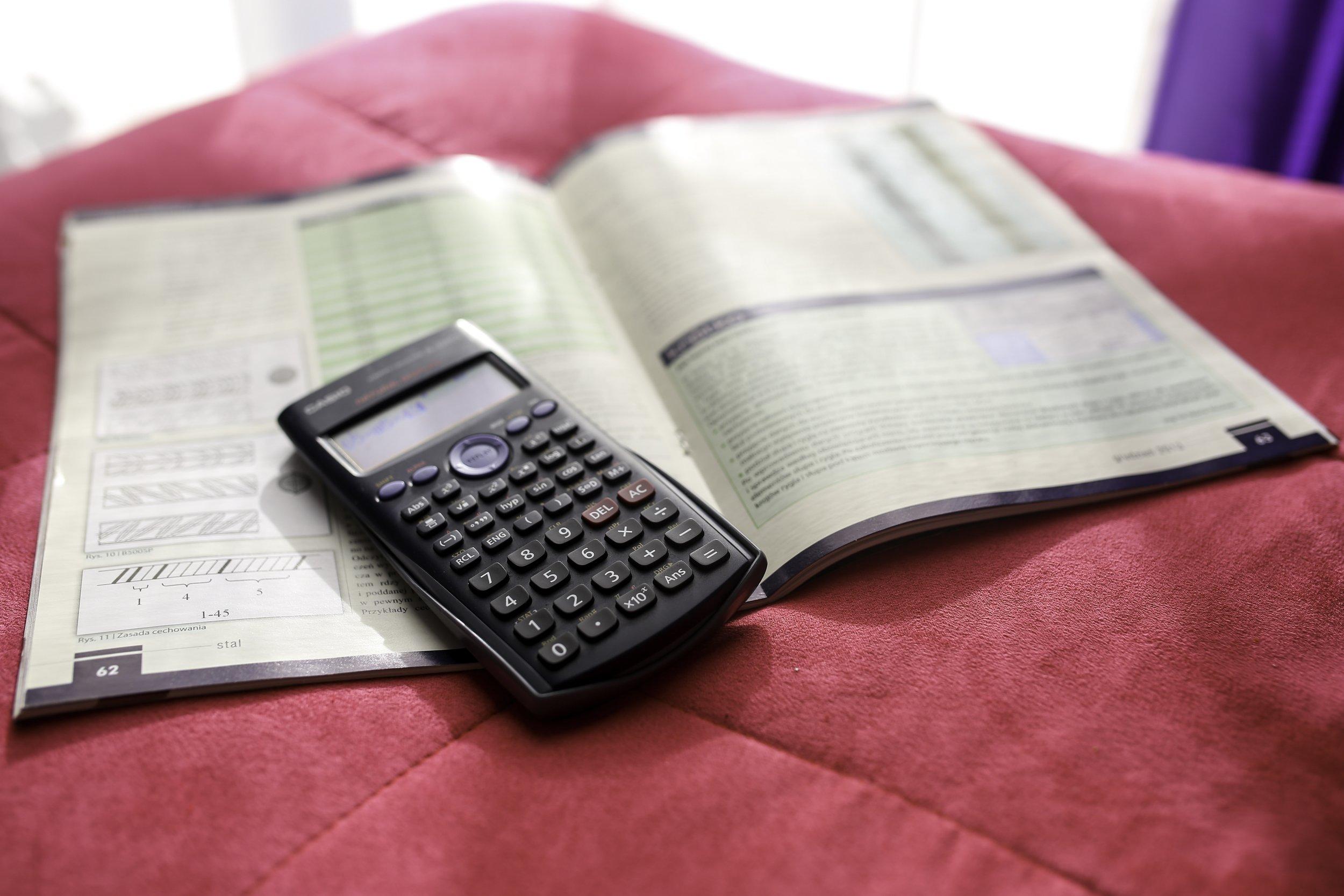 calculator-791833.jpg