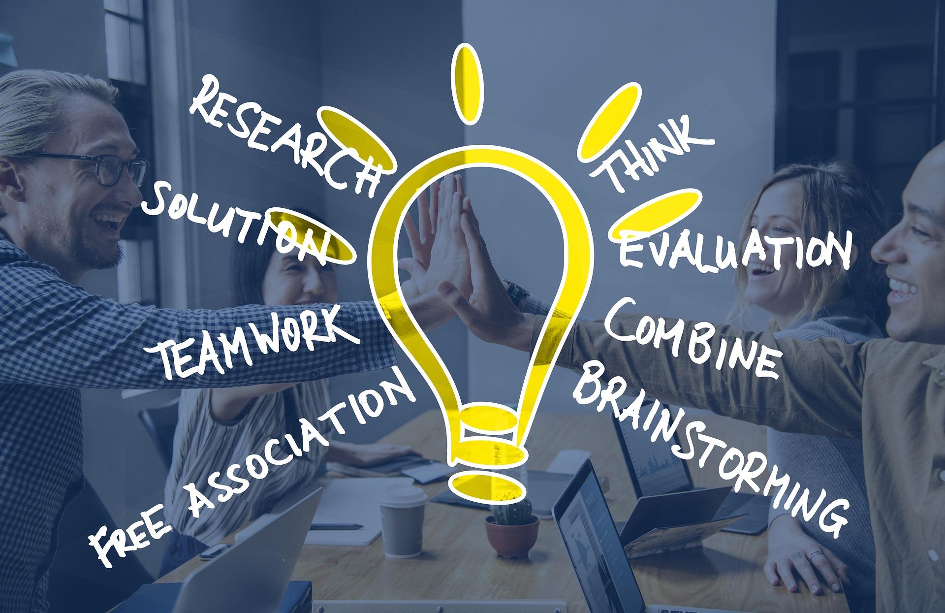 brainstorming-3664207_1920.jpg