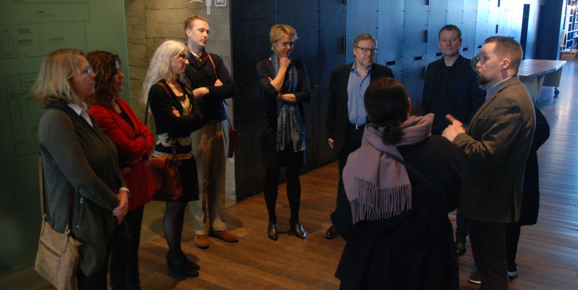 ICOM Nord edustajia Reykjavikin taidemuseossa kokousten välillä. Kuva: Eero Ehanti