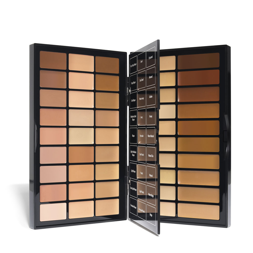 """Dianna Yong:""""The BBU Pro Face Palette felt super lightweight and creamy. It is super flexible like you can it use it sparingly for natural looks or build it up for heavier coverage. Smooth finish, not flaky or drying."""" -"""
