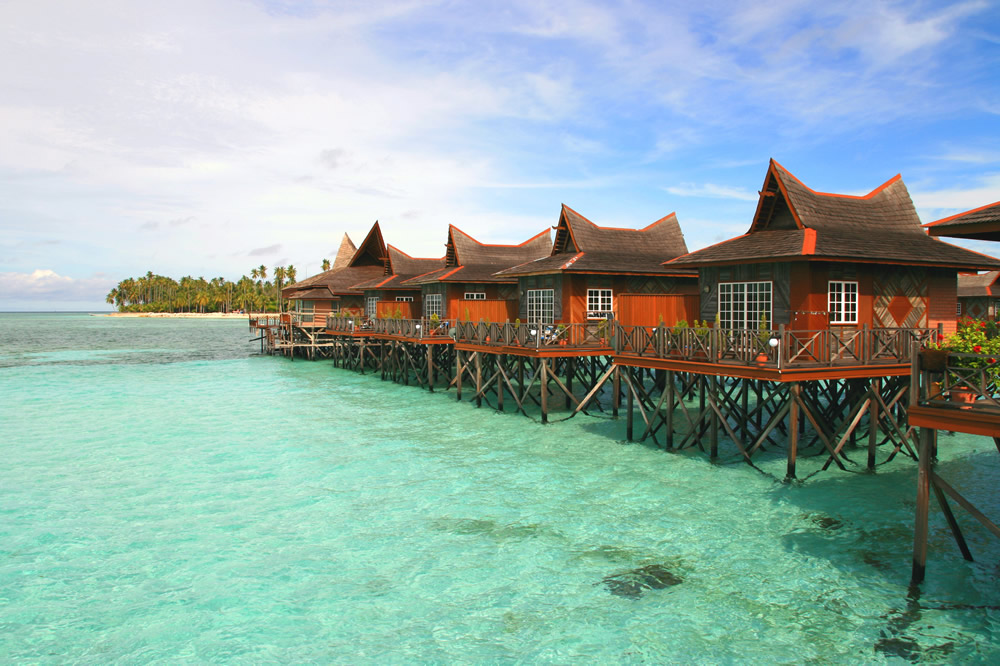 Mabul-Water-Bungalows-12.jpg