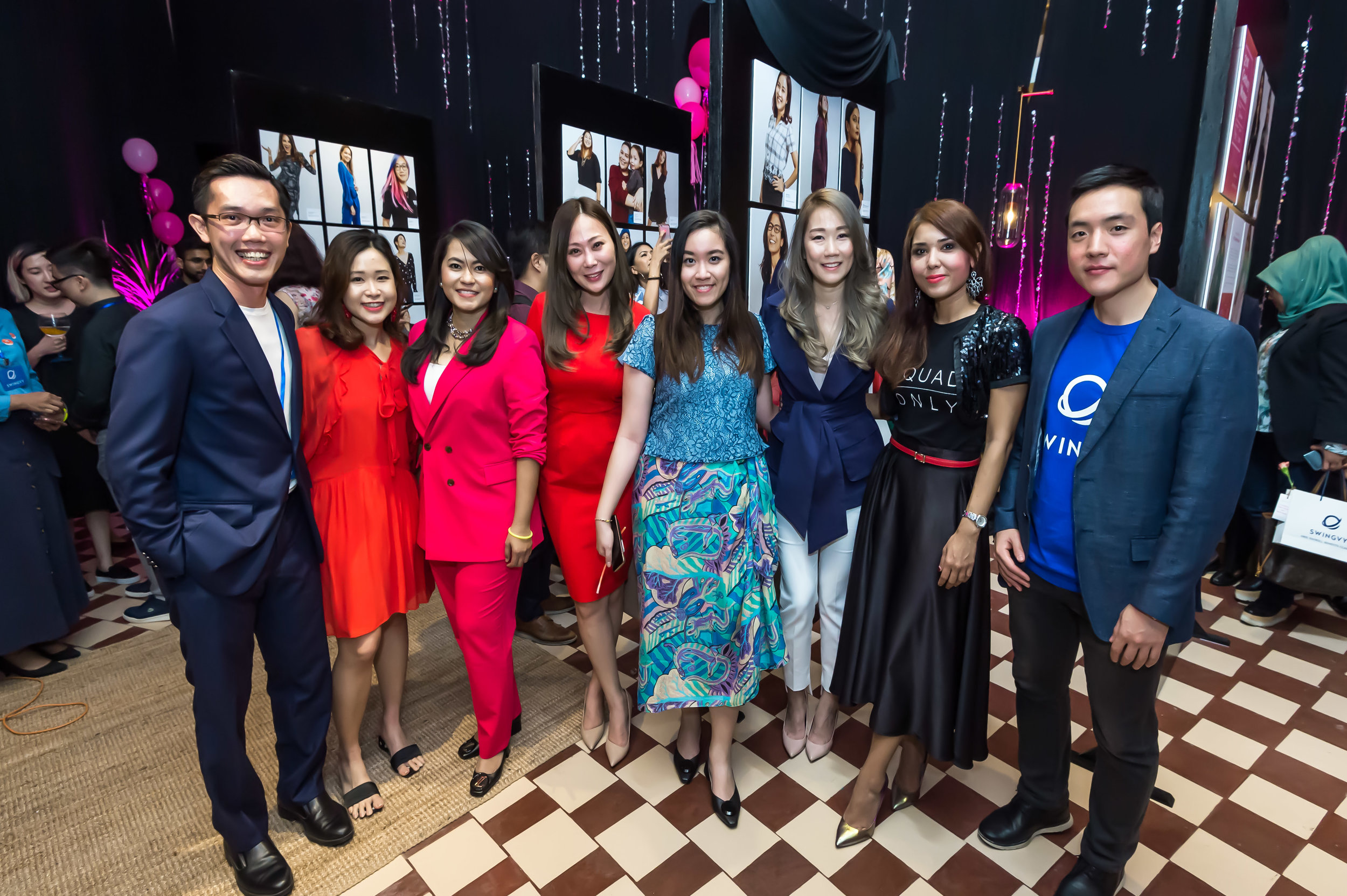 L-R: Swingvy's Co-founder,  Tho Kit Hoong ,  ANNE IDRIS ,  IZRA IZZUDDIN , Kristal Soraya Lee,  Lennise Ng , Swingvy's Brand Manager  Melly Ling , Swingvy's Co-Founder & CEO  Jin Choeh